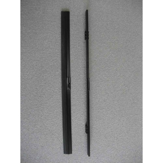 "Buy Diesel Equipment WT3-16 16"" Flat Wiper Blade Assembly - Wiper Blades"