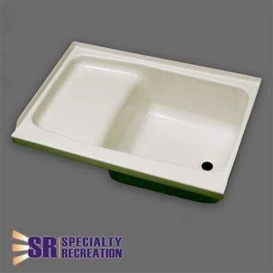 Step Tub 24 X 40 Right Hand Parch