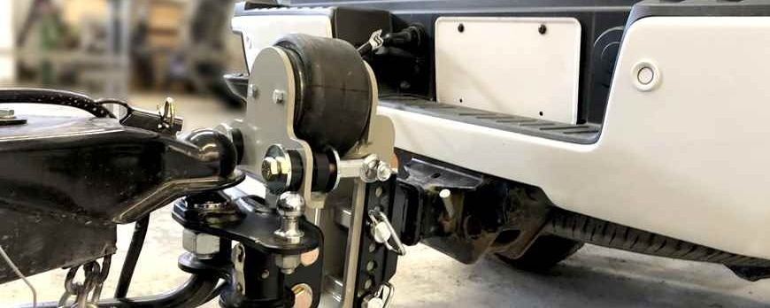 Weight Distribution Hitches and Systems For Towing Your RV